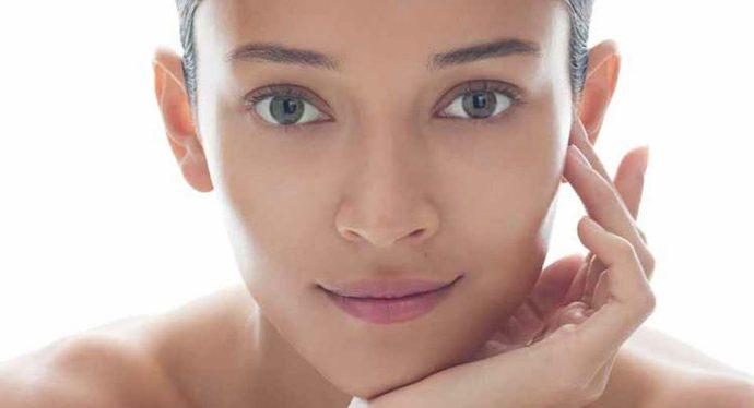 Tonico viso: a cosa serve e come sceglierlo