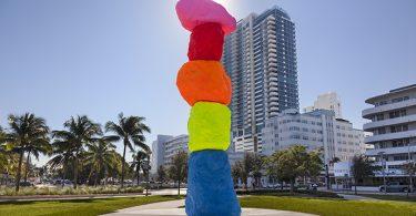 Ugo Rondinone, Miami Mountain