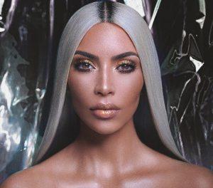 Storia del mascara Kim Kardashian