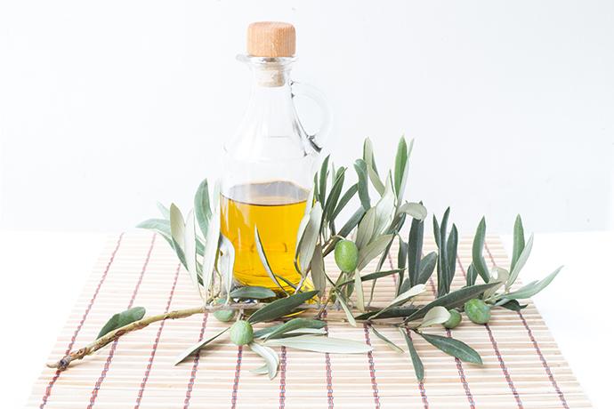 Maschera per le mani all'olio di oliva