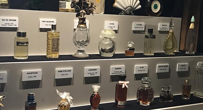 Perfumum. I profumi della storia